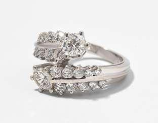 Diamant datiert seine Schwester