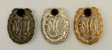 THREE REICHS-sport-badge, copper plated bronze/gold-plated/, the Third Reich in the 1940s