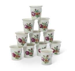 ELEVEN RUSSIAN PORCELAIN MINIATURE CACHE-POTS OR CUPS