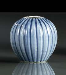 Melon-shaped tuschwasser vessel made of porcelain with a transparent blue glaze