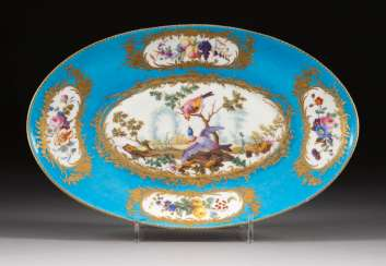 OVAL BOWL WITH VOGUE PAINTING