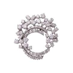Fine jewel brooch set with diamonds, together approx 6.1 ct