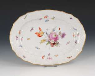 Plate with flower painting, MEISSEN.