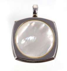 *ELLE* mother-of-pearl pendant clip