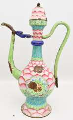 CLOISONNÉ - KANNE, full-color, Emaille, signiert, China um 1900