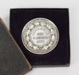 Prussia: commemorative medal of the visit of Kaiser Wilhelm II in the Sergeant-Preschool Annaburg (Saxony) on 3. August, 1888, in a case.