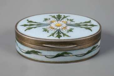 Vienna small pill box enamel decor