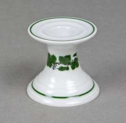 Meissen candlesticks * vine leaves *