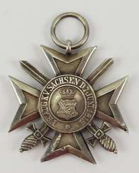 Saxony Civil Merit Order, 2. Model (1911-1918), cross of merit with swords. Silver, polished edges.