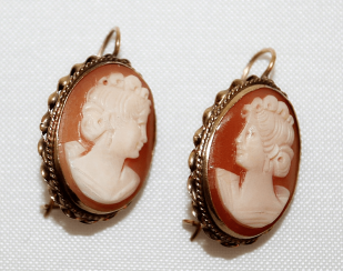 Earrings - cameo