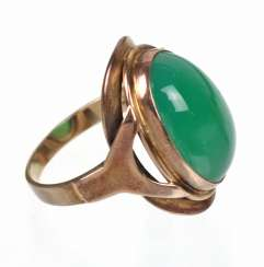 Green agate ring - yellow gold 333