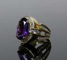 Ladies ring