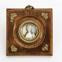 Miniature: Portrait of a lady