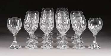 SET OF 16 RED WINE GLASSES 'MASSÉNA'