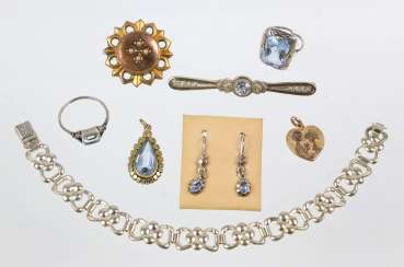 The Post Art Deco Jewelry