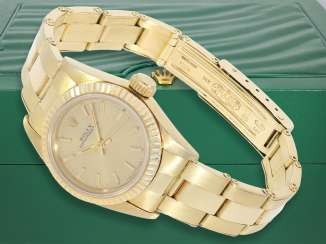 Watch: luxury vintage ladies watch from Rolex, Lady, Oyster, Chronometer, Ref.67197 in 18K Gold, with original box, 80s