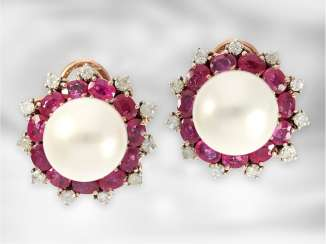 Earrings: very decorative large breeding pearl clip-on earrings with rubies and brilliant-cut diamonds, total approx. 3,9 ct, rose gold & silver