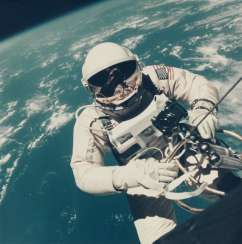 First US spacewalk: Ed White's EVA over the Pacific Ocean, June 3, 1965