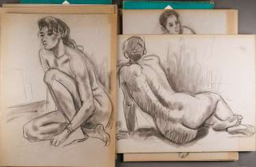 VINTAGE DRAWING Extensive collection of female Nudes