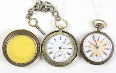 2 pocket watches