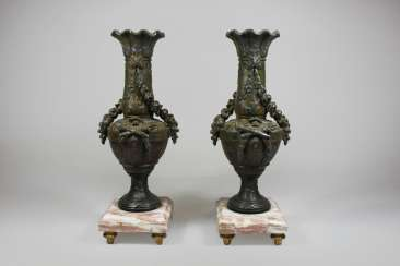 Pair of Bronze vases mounted on marble base