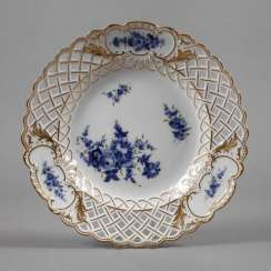 Meissen braided edge plate