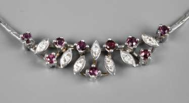 Necklace with rubies and diamonds