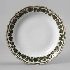 Meissen plate vine leaf with Gold