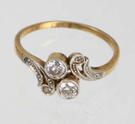 Art Nouveau Diamond Ring - Yellow Gold 585