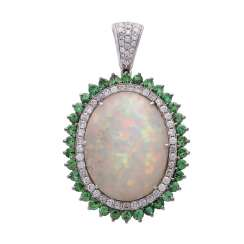 Pendant with a large opal cabochon
