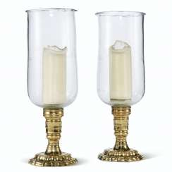 A PAIR OF REGENCE STYLE BRASS PHOTOPHORES