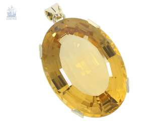 Pendant: vintage gold wrought pendant with a beautiful and very large citrine of approx. 54ct