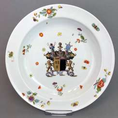 Museum plate with the coat of arms of the SEYDEWITZ / plate from the SEYDEWITZ Service. Meissen porcelain to 1732.
