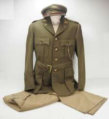South Africa: Uniform of a Leutant of the Umvoti Mounted Rifles.