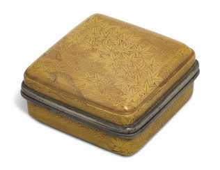 A SQUARE LACQUER INCENSE BOX (KOGO) WITH MAPLE LEAVES