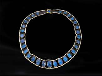 Chain/necklace: antique, very valuable gold necklace with sapphire and Orient pearl - trimmed, early 19th blacksmith. Century(1800-1840)