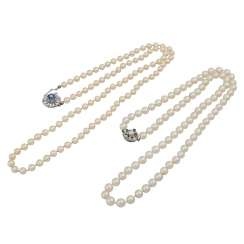 Mixed lot of 2 long pearl necklaces,