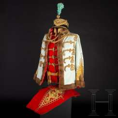 Uniform of an Austrian general of the cavalry in Hungarian gala adjustment, around 1900