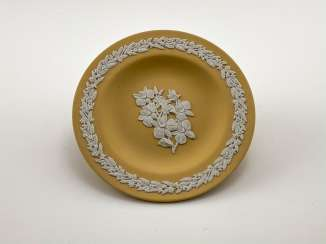 Saucer for jewelry Wedgwood