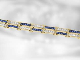 Bracelet: fancy and fully occupied sapphire/diamond gold forged bracelet is made of 18K Gold, a total of approximately 13,2 ct, new from goldsmiths estate, the court jeweller Roesner