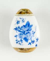 Rare and large Easter egg made of glass with blue flowers