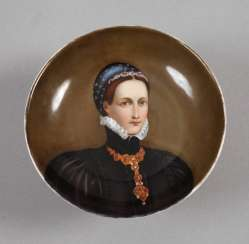 Bowl with portrait painting
