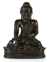 Bronze of Buddha Shakyamuni in meditation seat