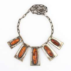 Art Deco necklace with amber