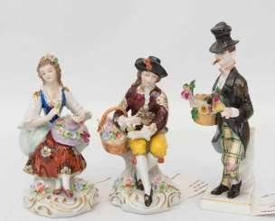 CONV. Seat dorfer, Seated Couple with flowers and flowers kavallier, porcelain, Germany, 20. Century