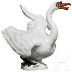 Elegant porcelain swan, Meißen, probably 19th century