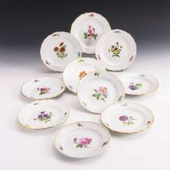 10 plates with flower painting