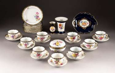 22-PIECE COFFEE SERVICE 'FLORAL PAINTING'