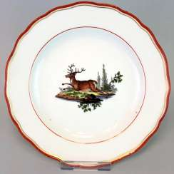 Hunting dish: Meissen porcelain, coral red and Gold, as well as hunting the subject. Around 1860, very good.