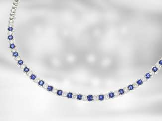Necklace/Collier: very nice new sapphire/brilliant necklace, total approx. 7,04 ct, 18K white gold, the court jeweller Roesner